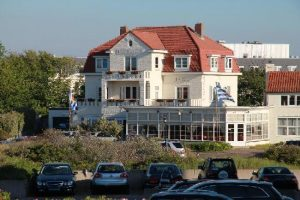 Hotel Bosch en Zee VisitDomburg - foto van hotel buitenzijde