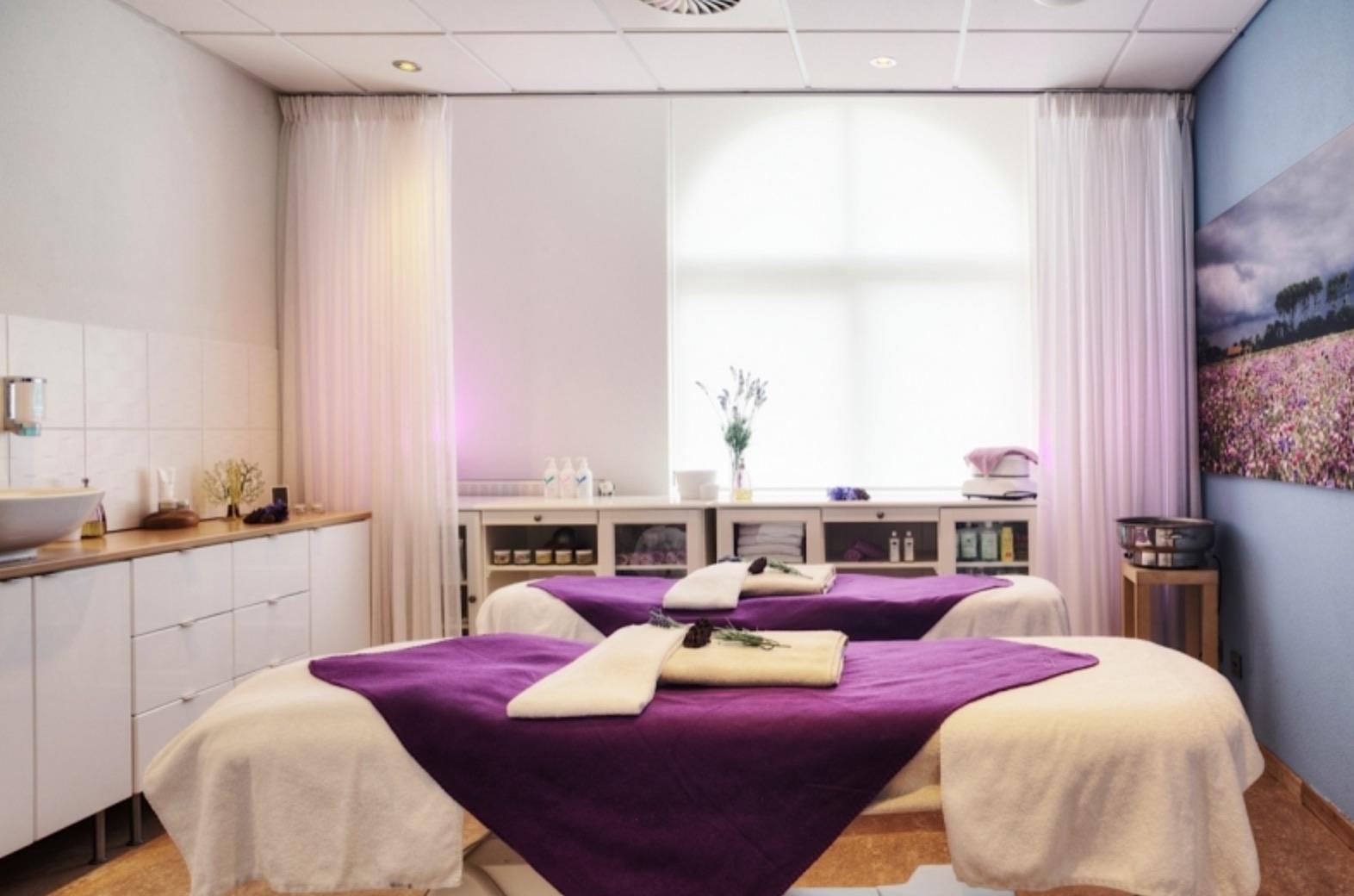 Badhotel Spa VisitDomburg - foto van wellness ruimte binnen