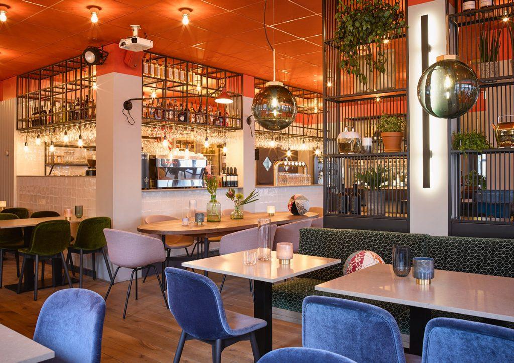Markt Zes VisitDomburg - foto van binnen in het restaurant