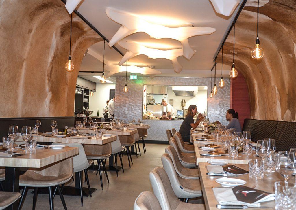 Steaker VisitDomburg - foto van binnenkant restaurant