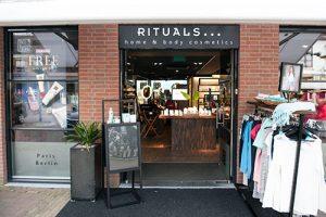 Rituals Domburg VisitDomburg - foto van voorkant van winkel