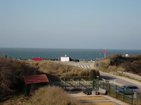 Huys aan Zee VisitDomburg - foto van duinen en zee