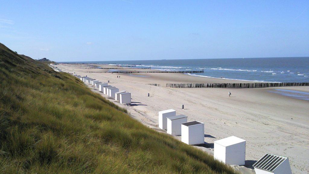 Sea & Sun VisitDomburg - foto van strand met strandhuisjes