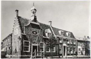 Toen en nu in Domburg - fotokaart van het oude gemeentehuis in Domburg