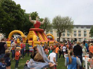 [:nl]Koningsdag in Domburg[:] @ Grasveld Badhotel Domburg