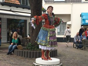 Succesvol Statue Festival Domburg 2018 - Statue Het Speeldoosje - VisitDomburg